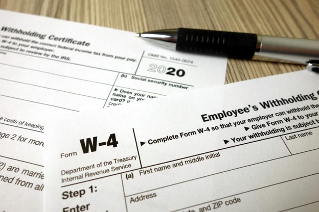 How Do I Complete a W-4 form?